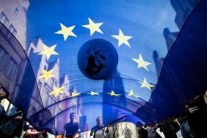 يُسمح بالتصويت عبر المراسلة في 16 من بلدان الاتحاد الأوروبي