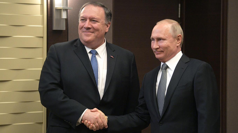 بوتين وبومبيو في سوتشي