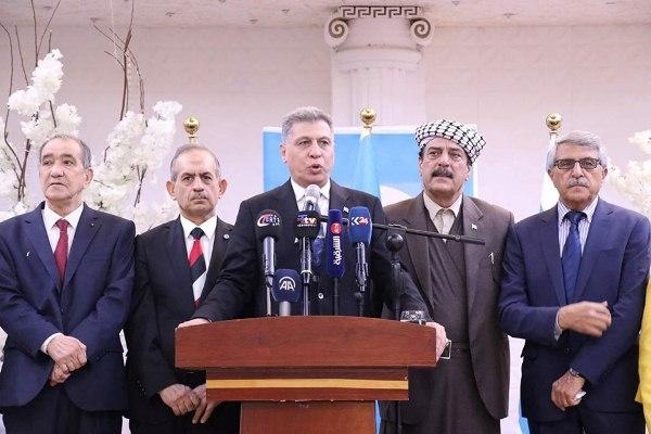 رئيس الجبهة التركمانية العراقية أرشد الصالحي متحدثا خلال مؤتمر صحافي في كركوك