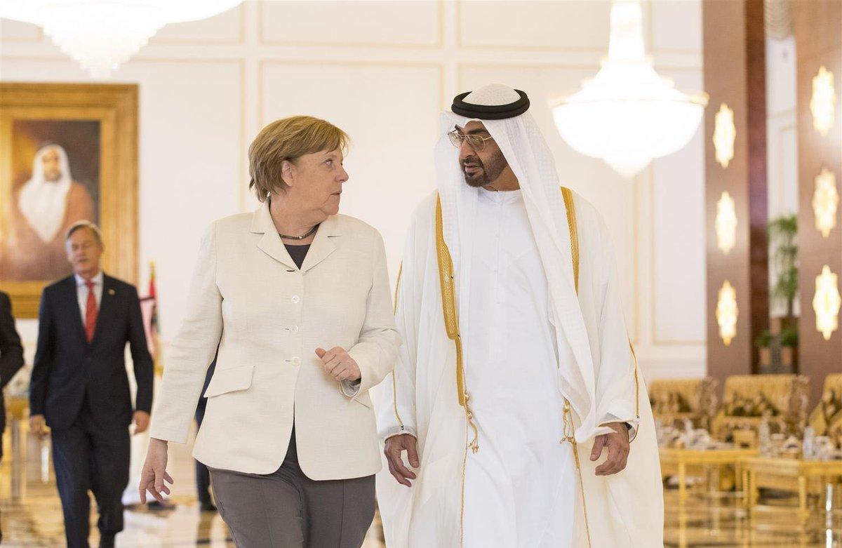 الشيخ محمد بن زايد آل نهيان ولي عهد أبوظبي مع ميركل - أرشيفية