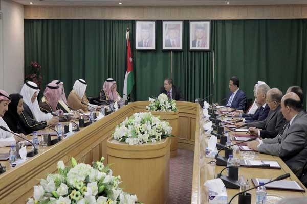 الرفاعي مترئسًا اجتماع لجنة الأخوة البرلمانية