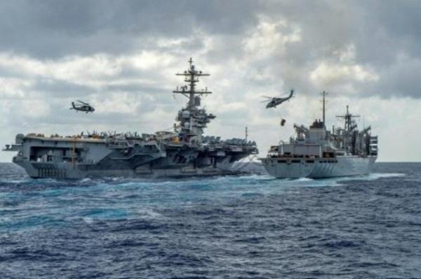 صورة نشرتها البحرية الأميركية تظهر حاملة الطائرات