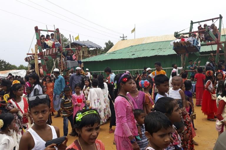 أطفال من لاجئي الروهينغا يحتفلون بعيد الفطر في كوكس بازار ببنغلادش في 05 يونيو 2019