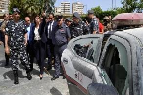 من مسرح الاعتداء الذي شهدته طرابلس اللبنانية عشية عيد الفطر