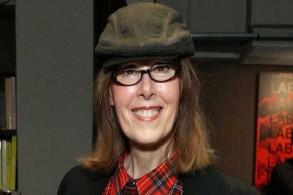 الكاتبة والصحافية إي جين كارول آخر متهمات ترمب بالاغتصاب