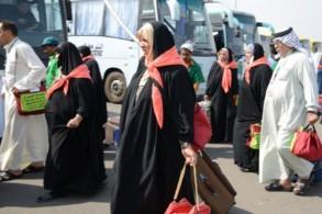 حجاج عراقيون الى السعودية عبر معبر عرعر بين البلدين