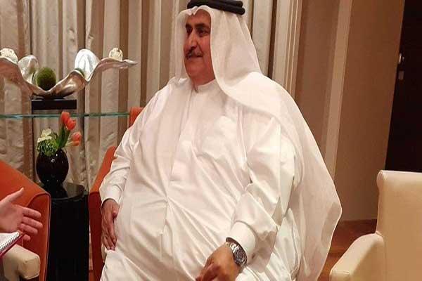 خالد بن أحمد خلال مقابلته مع القناة 13 الإسرائيلية