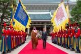 مراسم استقبال حاشدة لولي العهد السعودي في سيول