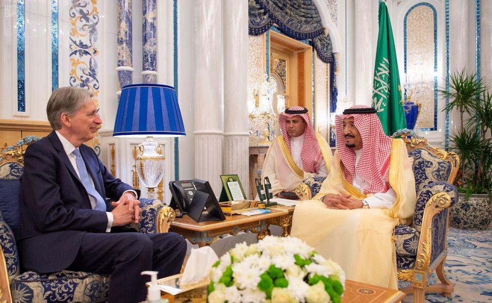 خادم الحرمين الشريفين يستقبل وزير الخزانة البريطاني- واس