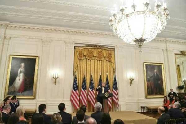 الرئيس الأميركي دونالد ترمب متحدثًا خلال قمة وسائل التواصل الاجتماعي في البيت الأبيض الخميس 11 يوليو 2019
