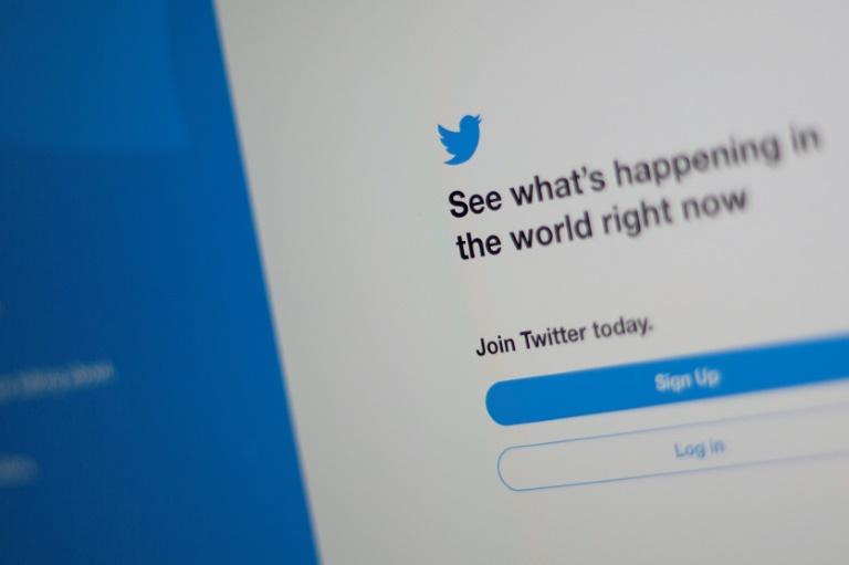 منصة تويتر تباشر الثلاثاء فرض رقابة مشددة على التغريدات المرتبطة بالدين وتحض على الكراهية والتي تنشر على حسابات زبائنها