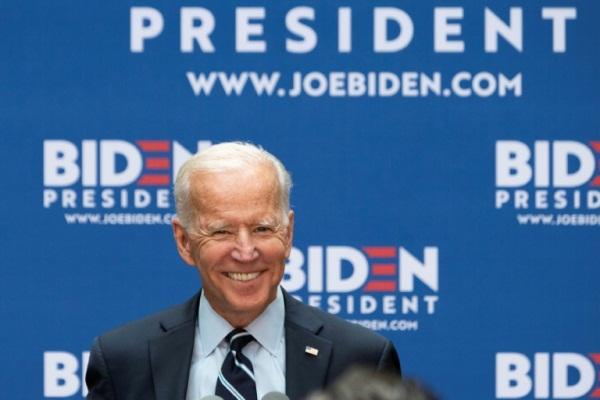 النائب السابق للرئيس باراك أوباما، جو بايدن والمرشح الديموقراطي الأوفر حظاً للانتخابات الأميركية الرئاسية عام 2020، خلال إلقائه خطاباً في 11 يوليو 2019 في نيويورك