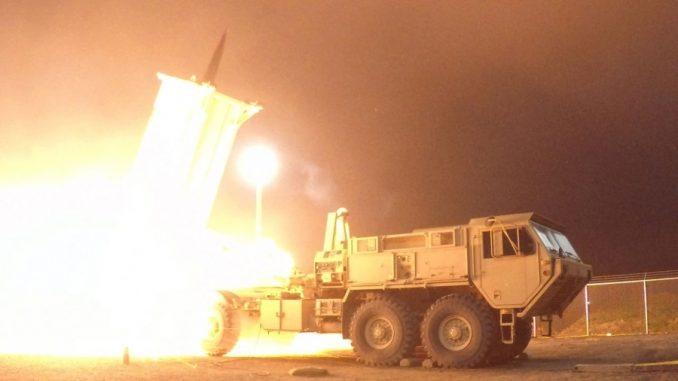 تجربة لمنظومة ثاد الدفاعية الصاروخية