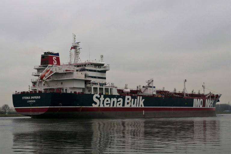 صورة موزعة لناقلة النفط البريطانة ستينا إيمبيرو قبالة سواحل أمستردام بتاريخ 26 كانون الأول/ديسمبر 2018
