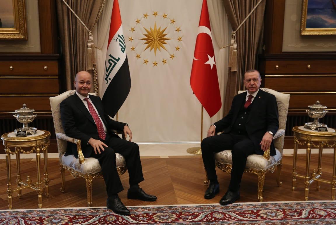 الرئيس العراقي برهم صالح ملتقيا في انقرة نظيره التركي اردوغان