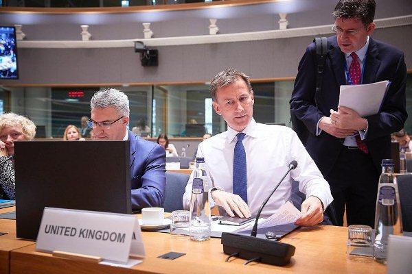 وزير الخارجية البريطاني في اجتماع بروكسل الأحد