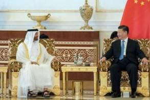 ولي عهد ابوظبي محمد بن زايد آل نهيان والرئيس الصيني شي جينبينغ في ابوظبي في 19 يوليو 2018