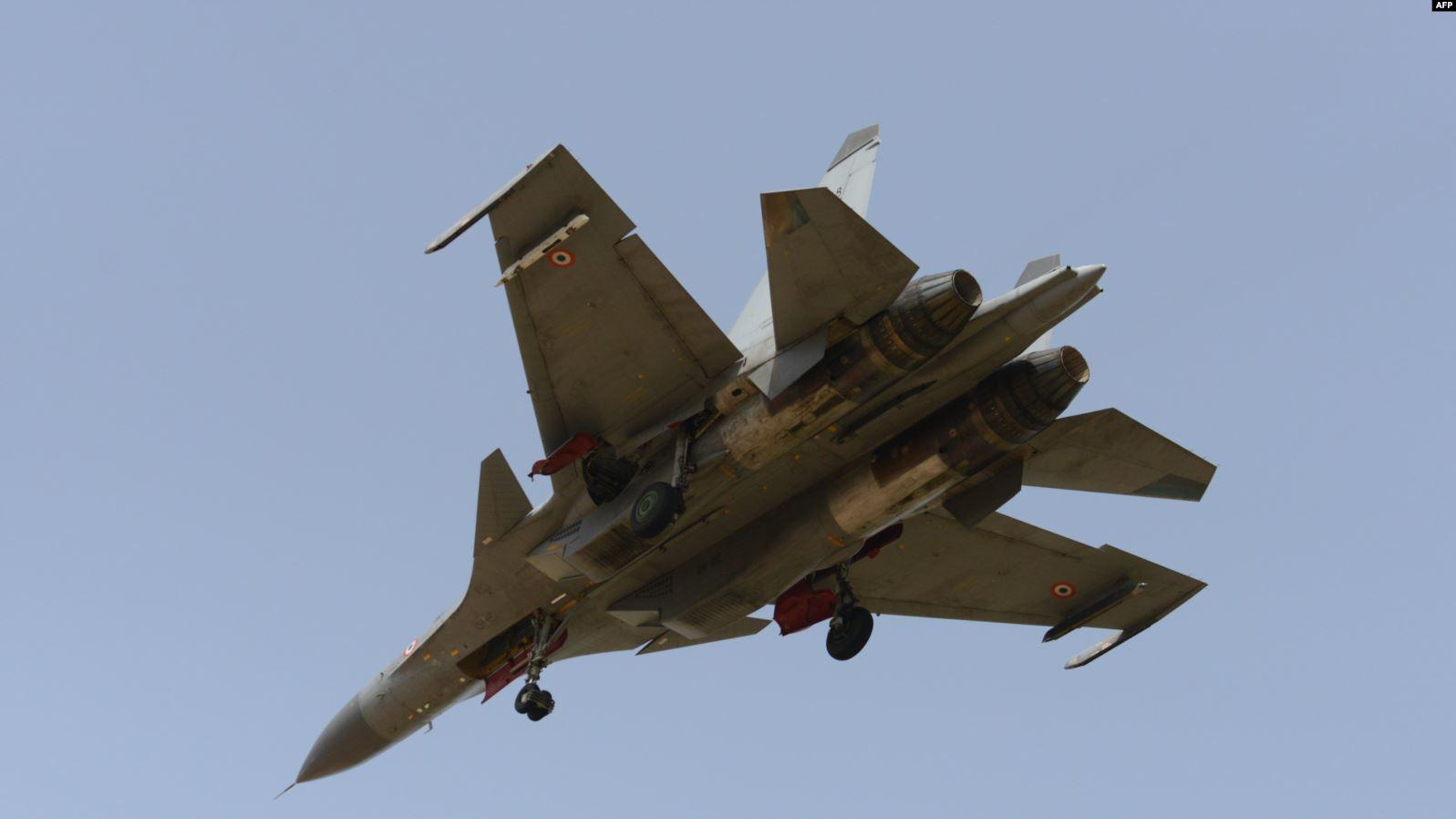 طائرة سوخوي روسية الصنع