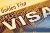 فضيحة تأشيرات الإقامة تهزّ بريطانيا