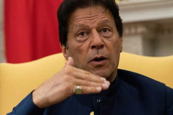 رئيس الوزراء الباكستاني عمران خان في البيت الأبيض في واشنطن بتاريخ 22 يوليو 2019