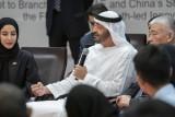محمد بن زايد لشباب إماراتي وصيني: أنتم الثروة الحقيقية!
