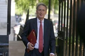 وزير المالية البريطاني الجديد فيليب هاموند في لندن
