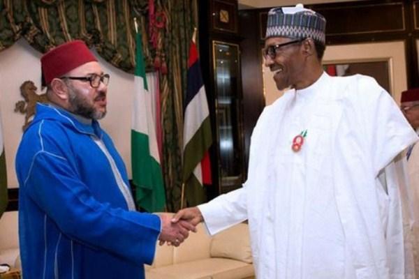 العاهل المغربي والرئيس النيجيري في لقاء سابق