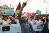 رئيس وزراء الهند يغامر في ملف كشمير