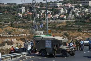 قوات الأمن الاسرائيلية في موقع عملية دهس بجنوب بيت لحم في الضفة الغربية المحتلة في 16 آب/أغسطس 2019