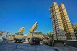 نظام الدفاع الصاروخي الإيراني باور-373 أثناء عرضه في طهران في 22 أغسطس 2019