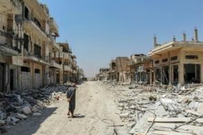 صورة من الجو التقطت في الثالث من أغسطس 2019 لدمار في مدينة خان شيخون في محافظة إدلب