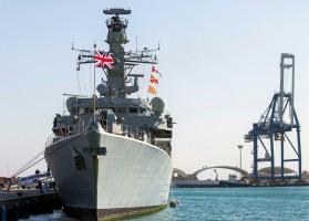 الفرقاطة الحربية البريطانية اتش ام اس مونتروز في ميناء ليماسول بجمهورية قبرص في الثالث من شباط/فبراير 2014