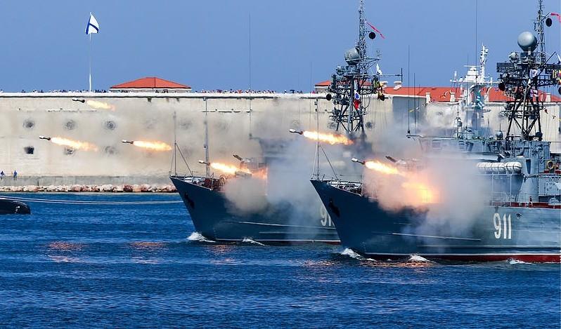 قطع بحرية روسية- صورة من وكالة تاس الروسية