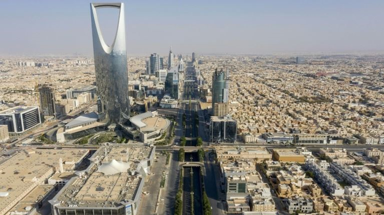 السعودية نيوز |  الرياض تستدعي سفير لبنان احتجاجًا