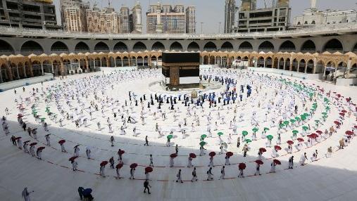 السعودية نيوز |  وزارة الحج والعمرة: 60 ألف حاج هو العدد المسموح به لهذا العام