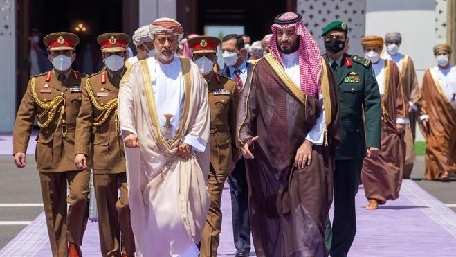 السعودية نيوز |  بيان سعودي - عُماني مشترك: لموقف حازم من الملف النووي الإيراني