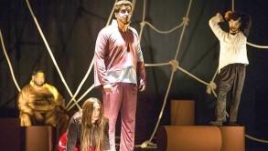 مهرجان دبي لمسرح الشباب.. مغامرة تجريبية