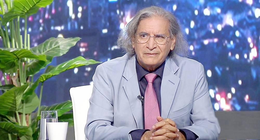 عثمان العمير ناشر جريدة