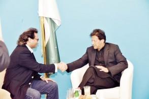 عمران خان في حوار: لن نسمح لأي شخص بتهديد المملكة.. نقف دائماًً معها
