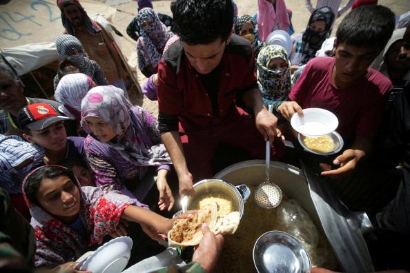 لاجئون سوريون في مخيم كوروكوسك
