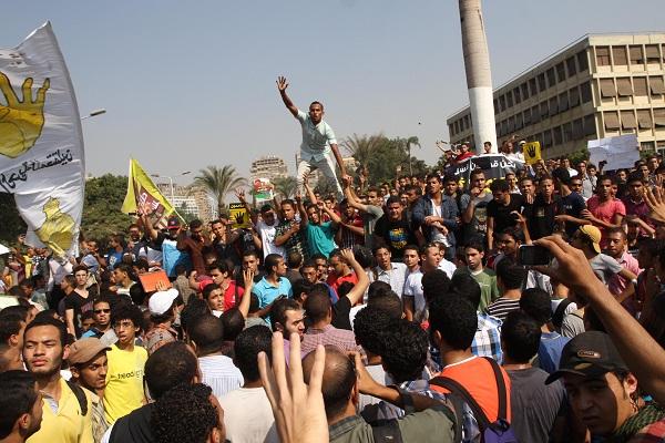 تظاهرة طلابية مناصرة للاخوان