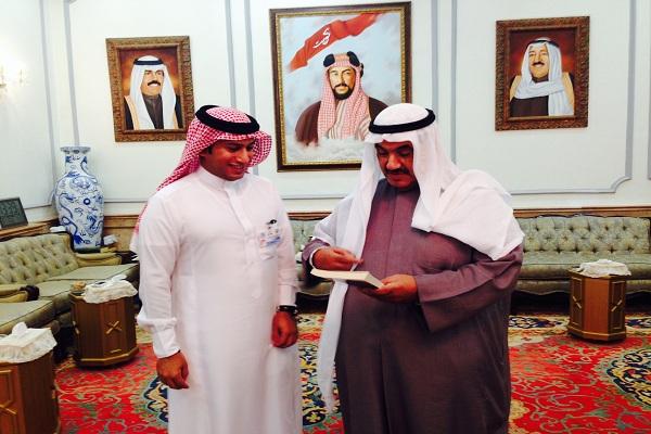 الزميل سلطان القحطاني مع الشيخ ناصر المحمد