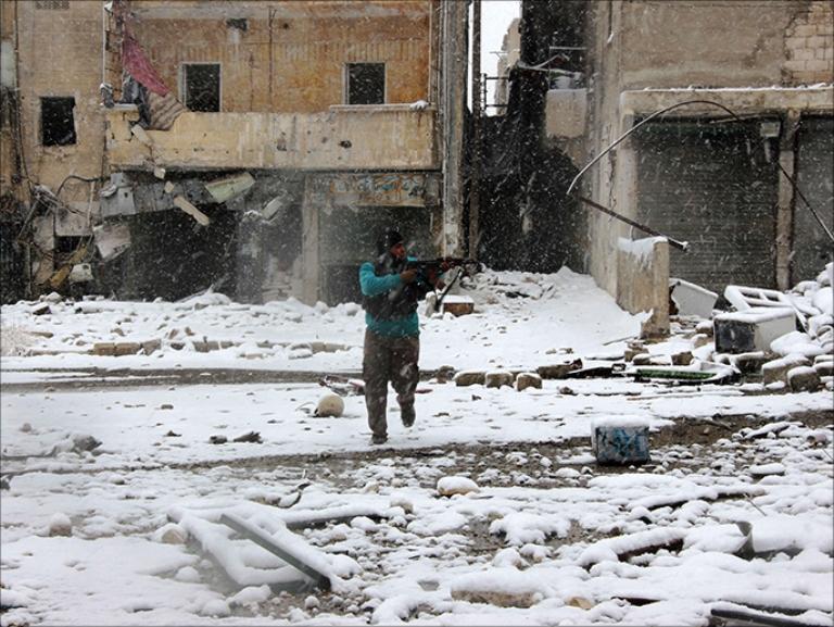 المعارك مستمرة في حلب رغم الثلوج