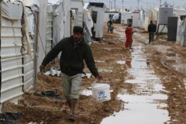 اللاجئون السوريون في وضع مأساوي وأوروبا لا تستقبل إلا عددًا ضئيلًا منهم