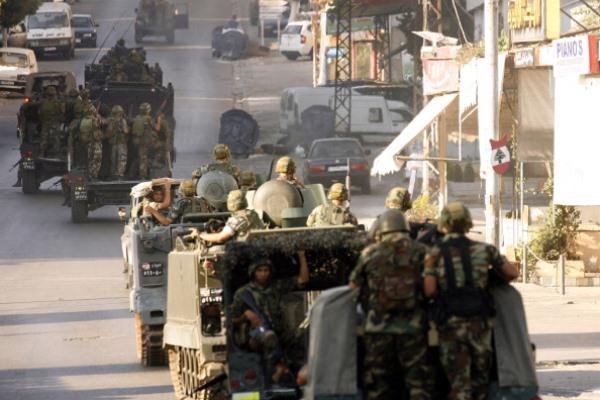 عناصر من الجيش اللبناني في صيدا