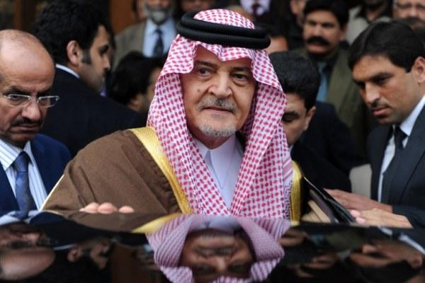 وزير الخارجية السعودي سعود الفيصل خلال زيارته إلى باكستان
