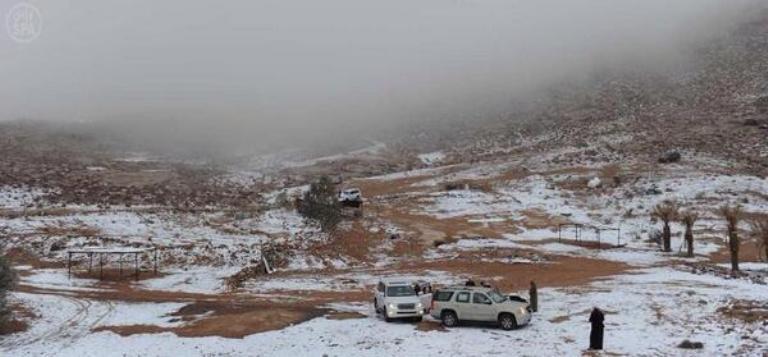 الثلوج في تبوك