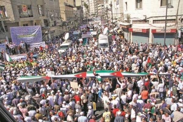 احتجاجات شعبية سابقة ضد الغلاء في الأردن