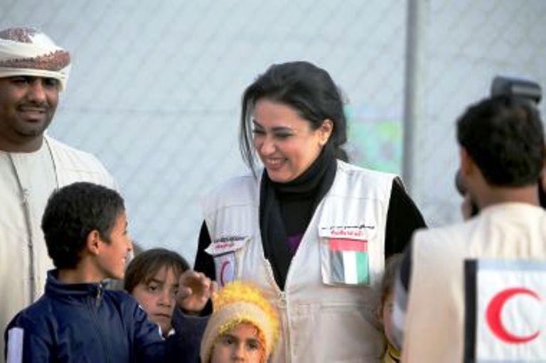 الإمارات ممثلة في جمعية (الهلال الأحمر) افتتحت مخيما للاجئين السوريين في أربيل