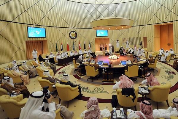 دول الخليج وحوض المتوسط تكافح الإرهاب من سردينيا